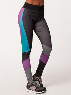 Play Pam Printed Sports - Only Play - Sort - Tights - Sportstøj - Kvinde - Nelly.com 339 kr.