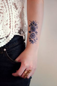 Floral vintage Dutch 'Delfts Blauw' temporary tattoo by Tattoorary on Etsy
