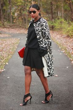 Im generally not a fan of printed coats, but I recently started watching the new reality show...