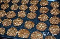 Biscuiti cu ovaz, morcovi si ghimbir - LaLena.ro Dog Food Recipes, Simple, Dog Recipes