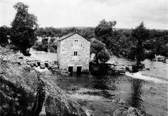 Muíño no río Miño. Pape, Outeiro de Rei. Arquivo Ebeling nº 23.