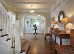 grant beige benjamin moore in living room - for my living room? White Trim, Bright Hallway, Interior Exterior, Interior Design, Interior Walls, Flur Design, Hall Design, Design Table, Word Design