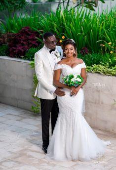 Wedding Shoot, Wedding Gowns, Wedding Ideas, Mommy Daughter Dresses, Ghana Wedding, African Wedding Attire, African Design, Wedding Coordinator, Wedding Stuff