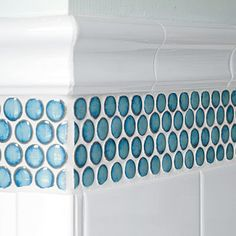 Today we are going to take a look at Penny Round tiles. The Penny Rounds made today are meant to mimic the small round tiles from many decades ago. Bad Inspiration, Bathroom Inspiration, Penny Round Tiles, Blue Penny Tile, Upstairs Bathrooms, Beach Bathrooms, Bathroom Renos, White Bathroom, Master Bathroom