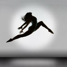 Female form • Dancer