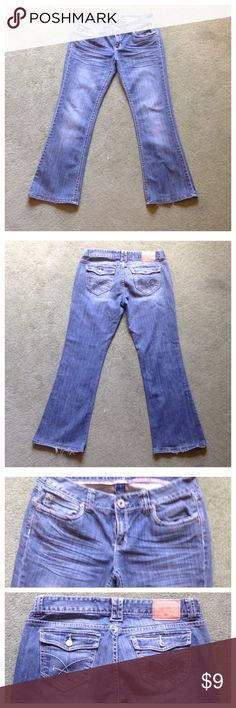 "Amethyst Size 11 Boot Cut Jeans Some wear on cuffs; Across waist - 16.5"", Front rise - 8"", Inseam - 30"" Leg opening - 9"" Amethyst Jeans Boot Cut"