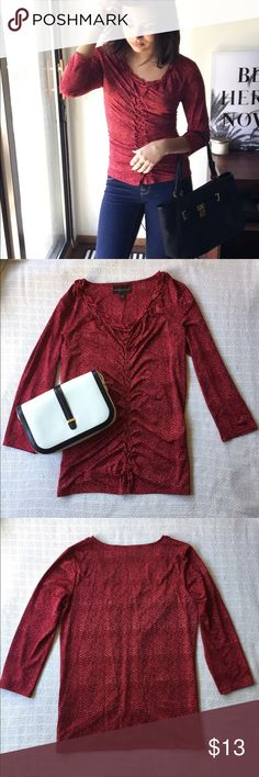 Dana Buchman Manhattan Top ▪️Patterned red top by Dan Buchman▪️Tag says S but I recommend medium or large (in photo I have it cinched back). Also recommend for women's with bra sizes larger than 34/36B▪️Hugs the body is all the right places▪️Very comfortable▪️Perfect for business casual Dana Buchman Tops Blouses