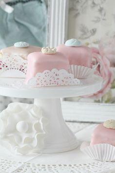 Passion 4 baking » Pastel Petits fours