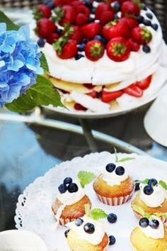 Kråks stuga - Inredning, trend, trädgård & torparliv.: Glad midsommar! Glad, Kraken, Cheesecake, Pudding, Desserts, Tailgate Desserts, Deserts, Cheesecakes, Custard Pudding