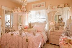 Romantic Shabby Chic Decorating Ideas over Shabby Chic Cottage Oregon City except Shabby Chic Style Bathroom Accessories, Diy Shabby Chic Bedroom Decor as Home Decor Stores Rochester Mn Romantic Shabby Chic, Romantic Country Bedrooms, Shabby Chic Mode, Casas Shabby Chic, Vintage Shabby Chic, Shabby Chic Decor, Romantic Cottage, Vintage Pink, Vintage Decor