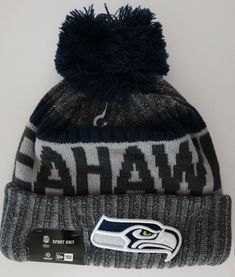 wholesale dealer 9ec60 f9d88 Seahawks Blue NFL 2017 New Era On Field Sideline Beanie Cuff Knit Pom Hat  Nwt