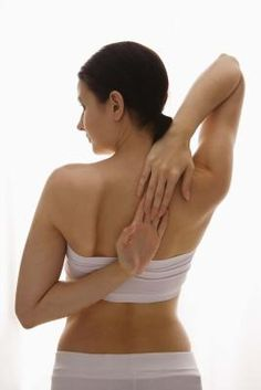 How to Get Rid of Back Fat Rolls With Exercise