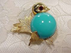 Vintage NAPIER Little Fat Bird Pin Turquoise Cabochon Belly Red Rhinestone Eye  #Napier