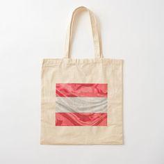 """Léger, imprimé d'un côté, pratique pour transporter votre barda ou vos courses. Réutilisable, parce qu'on sait que vous vous souciez de l'environnement. Sac en tissu 100 % coton, léger : 145 g/m² (4,2 oz). Lanière épaule en coton de 53 cm (21"""") de long et 2,5 cm (1"""") de large. Laver à froid, à la main. Besoin d'un sac ultra costaud ? Le tote bag doublé fera votre bonheur. Reusable Tote Bags, Tour, Boutique, Courses, Classic, Handkerchief Dress, Bag, Products, Environment"""