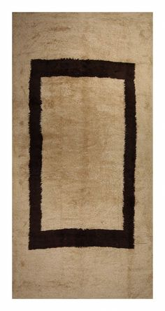 Moroccan Rug from @ebanistacollect