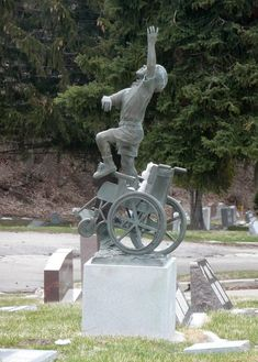 Matthew Robison's memorial statue on his burial site. So lovely. Cemetery Monuments, Cemetery Statues, Cemetery Headstones, Old Cemeteries, Cemetery Art, Graveyards, Unusual Headstones, La Danse Macabre, Angels Among Us