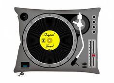 CUSHION 'TECHNO DJ'