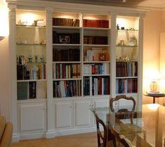 Risultati immagini per libreria salotto classica