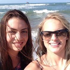 Fun on the beach Pilot, Aviation, Sunglasses Women, Beach, Fun, Clothes, Fashion, Outfits, Moda