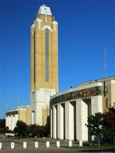 Art Decó Moderne Style Will Rogers Memorial Center Coliseum and Tower, Fort Worth, Texas (1936) designed and built by architect Wyatt C. Hedrick
