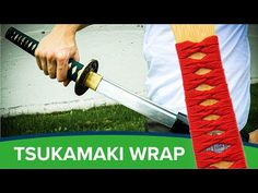 Fall Art Projects, Projects To Try, Paracord Knife Handle, Cosplay Sword, Ancient Japanese Art, Diy Knife, Paracord Projects, Samurai Swords, Knife Handles