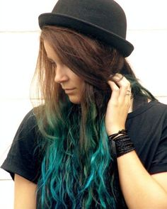Turquoise ombre hair color idea for brown hair girls, nice sea green hair color~