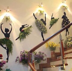 plants    -  #restaurantideasBanquettes #restaurantideasDecoration #restaurantideasPatio