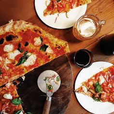 Homeslice Pizzeria. london spot, photo tour, london photo, neal yard, homeslic pizzeria, favorit london, mmmm yummi