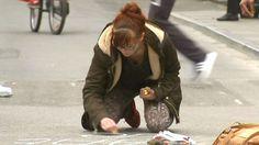 Boodschappen in krijt sieren Brussel, sterker dan eender welke spijkerbom