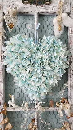 This Blue Rag Fabric Wire Heart Wedding Backdrop Sweethearts is just one of the custom, handmade pieces you'll find in our wall hangings shops. Shabby Chic Crafts, Vintage Shabby Chic, Shabby Chic Homes, Vintage Country, Wedding Props, Chic Wedding, Wedding Decor, Wedding Shot, Wedding Dj