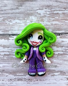 She is such a joker Tres Chocolates, Pasta Flexible, Polymer Clay Creations, Sugar Art, Biscuit, Disney Characters, Fictional Characters, Aurora Sleeping Beauty, Joker