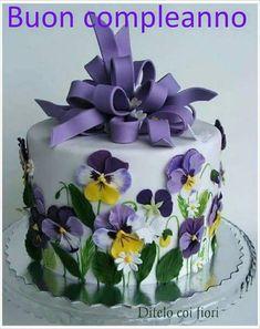 Love this Elmo train cake! That's one cool cake!take the cake~ Gorgeous Cakes, Pretty Cakes, Cute Cakes, Amazing Cakes, It's Amazing, Take The Cake, Love Cake, Fondant Cakes, Cupcake Cakes
