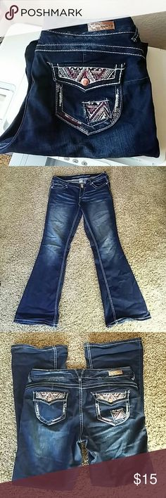 Vanity collection jeans Very nice jean, dark wash with a lightness in the middle  Bootcut, sz 30x33 small hairline snag on back of one leg. Make your shape look great No holes no stains Vanity Jeans Boot Cut