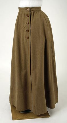 1900 Cycling ensemble, Wool and Linen, American. 1890s Fashion, Edwardian Fashion, Vintage Fashion, 1900 Clothing, Historical Clothing, Fashion Vocabulary, Aesthetic Clothes, Fashion History, Costumes For Women