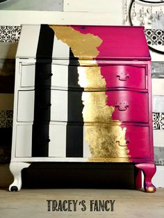 A Modern Whimsical Painted Desk in Hot Pink Whimsical Painted Furniture, Hand Painted Furniture, Paint Furniture, Furniture Projects, Furniture Makeover, Gold Leaf Furniture, Funky Furniture, Shabby Chic Furniture, Hot Pink Furniture