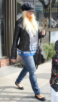 Christina Aguilera Pregnant Again? Singer Drops Pounds For Baby Bump
