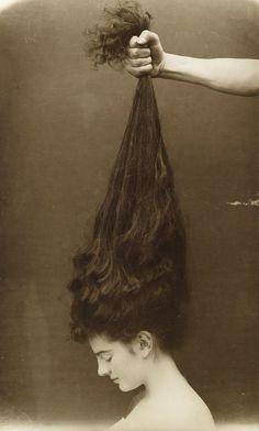 Πυκνά μαλλιά και πάλι | Skingurus.gr