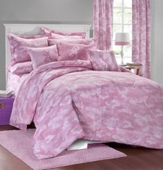 The Browning Buckmark, Pink Camouflage Bedding by Kimlor is for those like the a pink camo pattern with Browning, Deer Head logo designs. The comforter comes on a pink camo background with scattered light and dark pink, Browning Buckmark deer head logos. Pink Comforter Sets, Full Size Comforter Sets, Girls Bedding Sets, Twin Comforter, Pink Bedding, Luxury Bedding, Bedding Shop, Rustic Comforter, Browning Buckmark