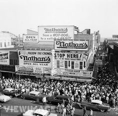 Nathan's hot dogs at Coney Island - 1950s