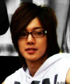 Kim Hyun Joong 김현중 ♡ glasses ♡ long hair ♡ Kpop ♡ Kdrama ♡ adorable ♡♡♡