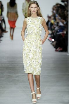 Flower Fashion Trend of Spring 2014  #flowertrends #fashiontrends