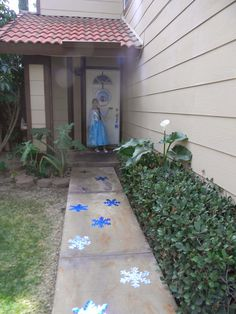 Ideas for decorating the path, giving everyone a chance to make a dramatic entrance...