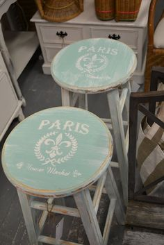 Gorgeous....I always see stools at the thrift stores and now I know what I could do with them...lovely. Also could do on inexpensive stools from Michael's Crafts. Idea only, no tutorial. (PDD)