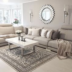 Check out: @babiluvs64 _________________________________________ ▫️◽️◻️◻️◽️▫️ Good morning! _________________________________________ #interior #interiordesigner #interiorstyling
