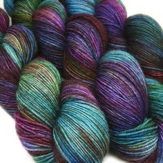 DESTINATIONS basic sock yarn MUMBAI hand dyed 75/25 sw wool/nylon 3.5oz 460 yards op Etsy, 15,18 €