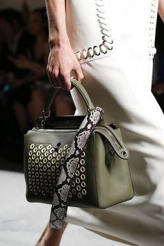 Fendi Spring 2016 Ready-to-Wear Fashion Show Details