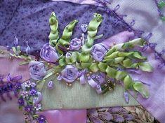 I crazy quilting & ribbon embroidery . . . My block pines group daphne's silk ribbon embroidery By Vera Regina Fascio Mania de Flores #silkribbonembroidery #ribbonembroidery