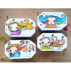 Cajas ilustradas By Caperucitazul.com Tole Painting, Painting On Wood, Wooden Crafts, Diy Crafts, Painted Jewelry Boxes, T Shirt Painting, Hand Painted Wine Glasses, Decoupage Box, Doll Quilt