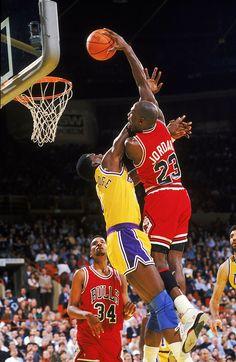 Michael Jordan representó un antes y un después para muchas cosas, tanto por lo que respecta a la propia NBA como para el baloncesto en tér...