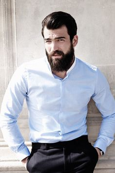 Beard with noir  fashion